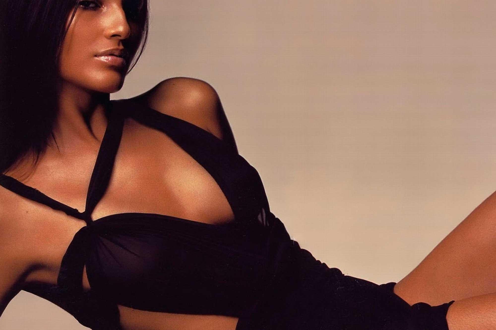 Загорелое женское тело фото, тети груди мулатки жарят